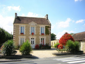 moult-mairie